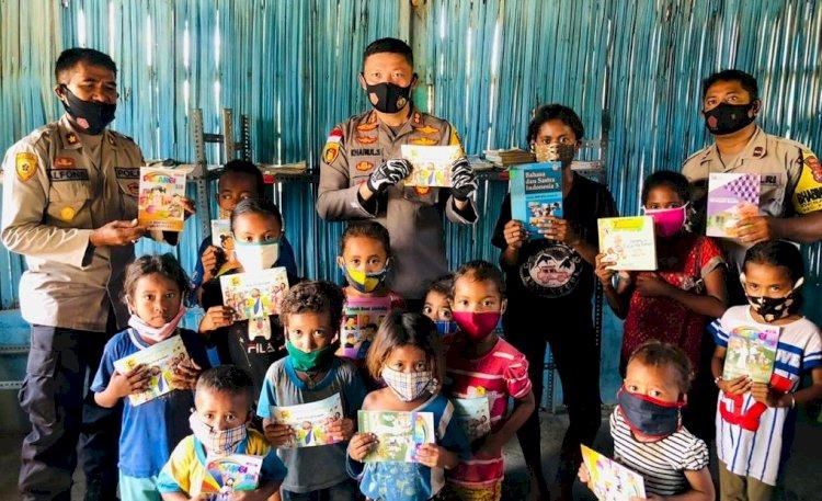 Peduli Literasi, Kapolres Belu, AKBP Khairul Saleh Kunjungi Rumah Baca Bhabinkamtibmas desa Kabuna
