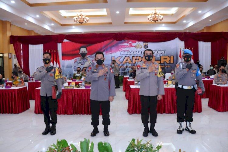 Kapolri Beri Penghargaan Kesempatan Sekolah Perwira kepada Dua Personel Polda DIY Berprestasi