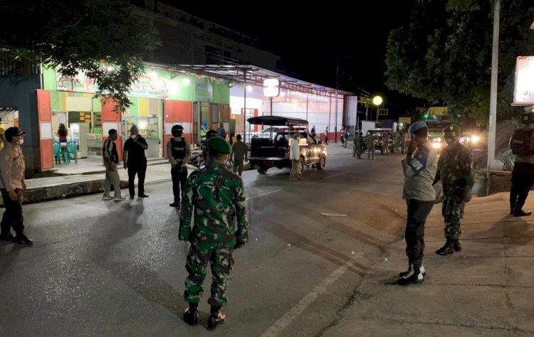PPKM Mikro Kembali Berlaku, Polres Belu dan Inskait Sisir Perkotaan Kampanyekan Prokes Covid-19