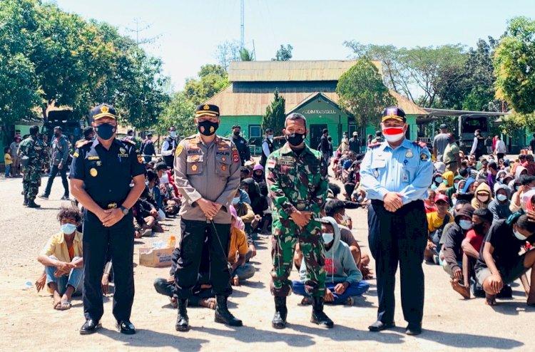 Polres Belu Kawal Ketat Deportasi 352 WNA Ilegal Asal Timor Leste ke PLBN Motaain