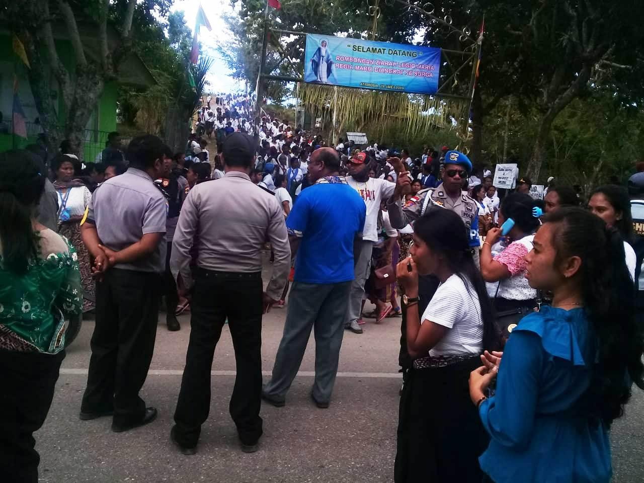 Polres Belu dan Polsek Kakuluk Mesak Lakukan Pengamanan Ziarah Legio Maria ke Gua Maria Weliurai