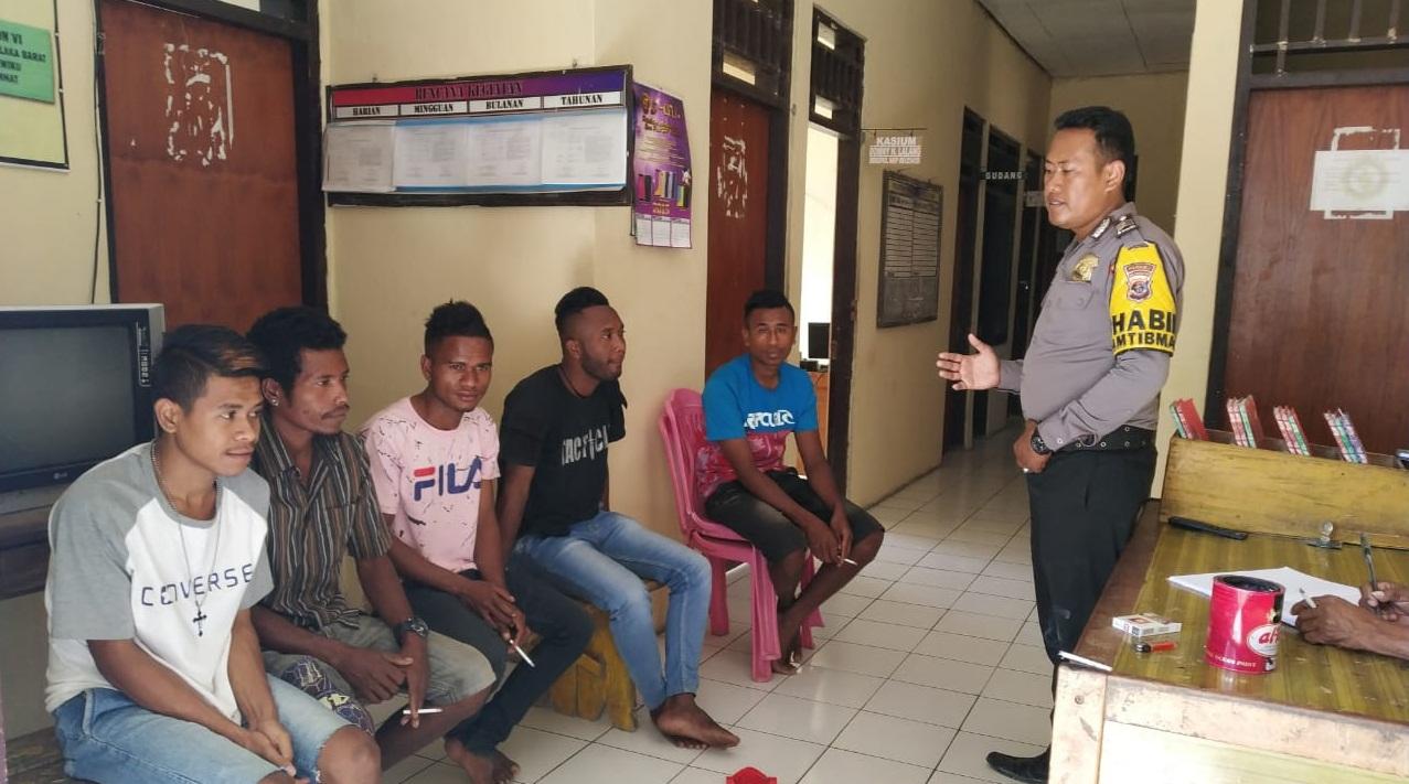 Dimediasi BRIGPOL Yusran, Sekelompok Pemuda Ini Akhirnya Berdamai Setelah Terlibat Perkelahian